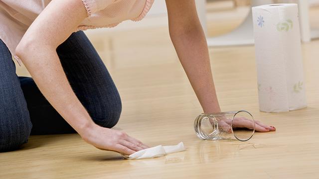 床のきしみ対策